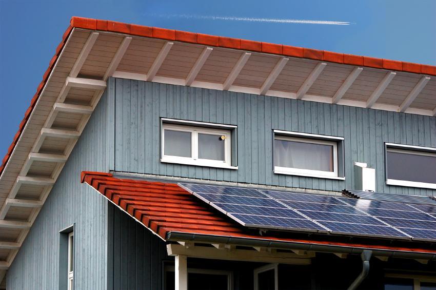 3 top solar panel home design trends alternative energy hq for Solar panel house plans